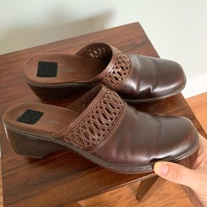 Clarks Perforated Leather Mules • Size 7.5